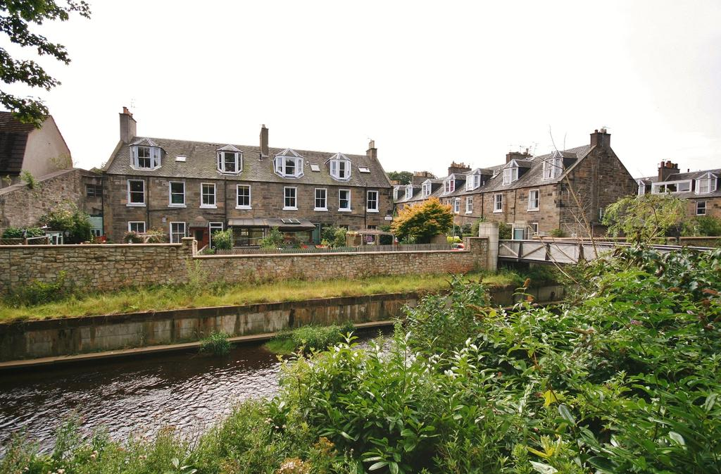 2 Bedrooms Flat for sale in 7 Glenogle Terrace, Stockbridge, Edinburgh EH3 5HS