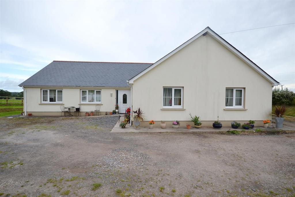 4 Bedrooms Land Commercial for sale in Upper Nash, Lamphey, Pembroke