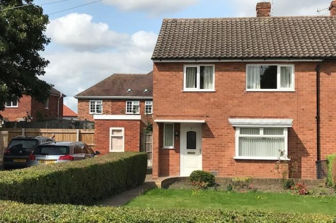 3 Bedrooms Semi Detached House for sale in 7 West Road, Wellington, Telford, TF1 2AZ
