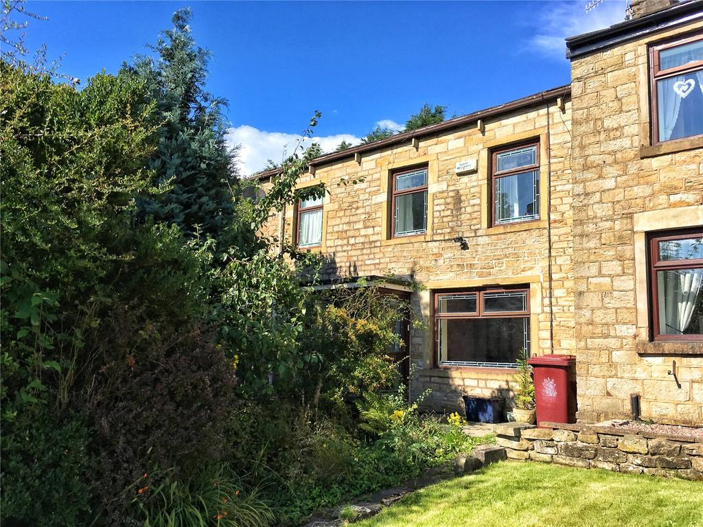 2 Bedrooms Semi Detached House for sale in Marsden Road, Burnley, Lancashire, BB10