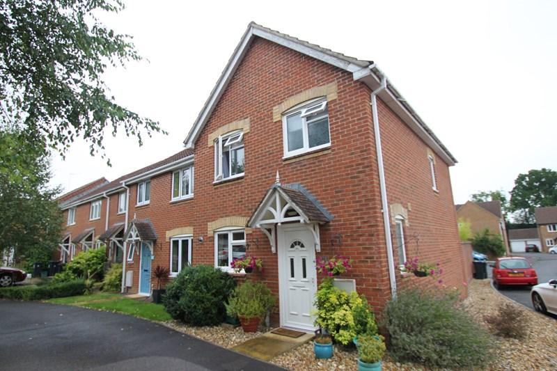 3 Bedrooms End Of Terrace House for sale in Kiln Way, Verwood