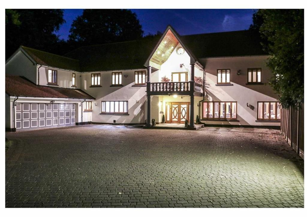10 Bedrooms Detached House for sale in Roman Road, Little Aston Park, Sutton Coldfield