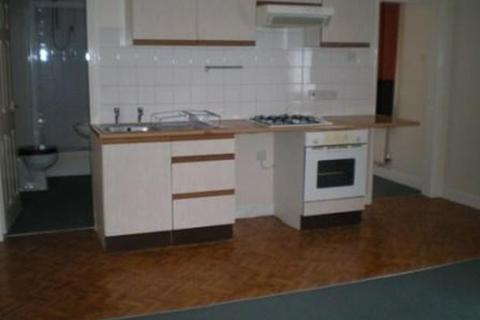 1 bedroom ground floor flat to rent - Flat 1 @ 79  West Street, Crewe, CW1 3HF