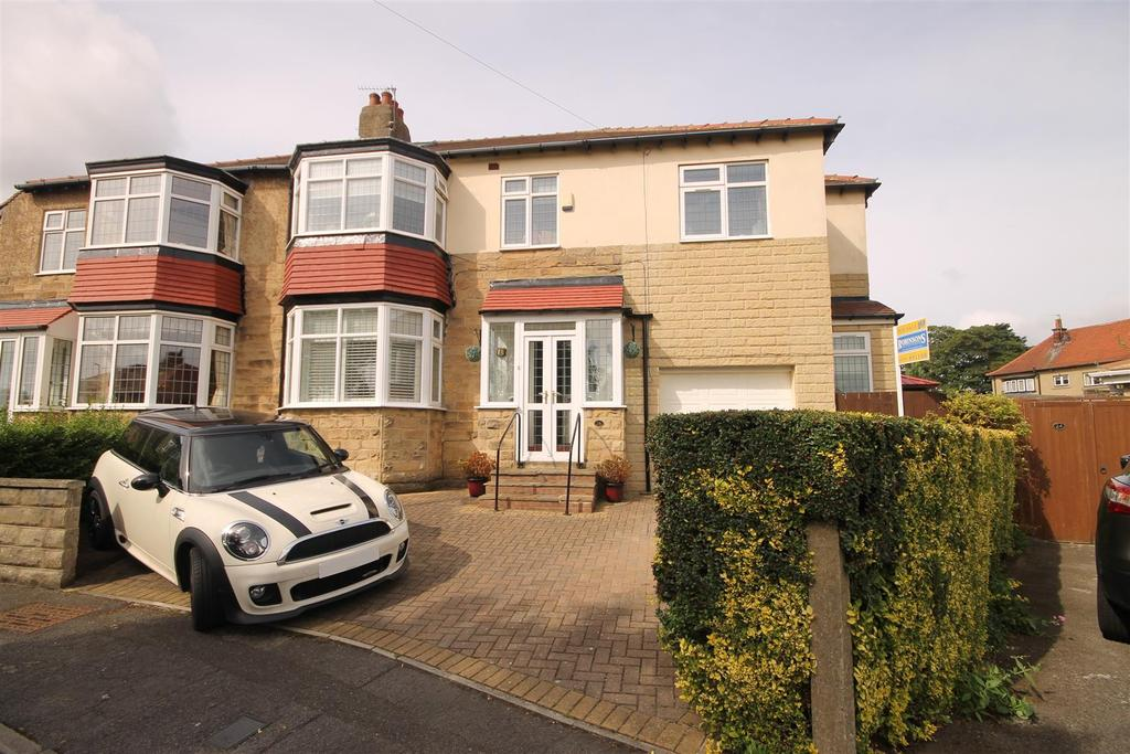 4 Bedrooms Semi Detached House for sale in The Crescent, Hartlepool