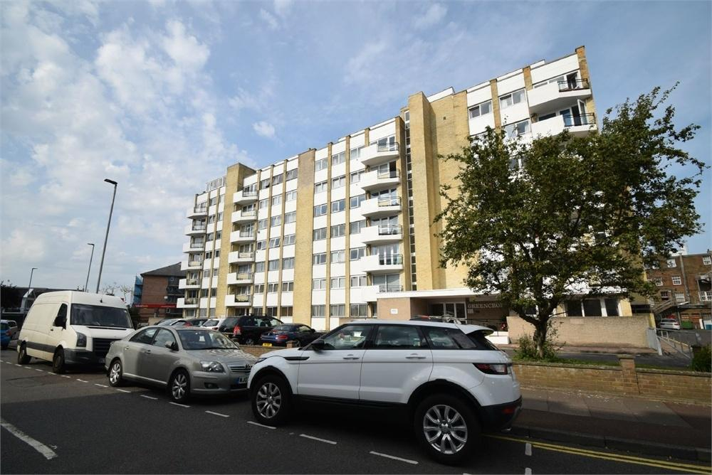2 Bedrooms Flat for sale in Trinity Place, Eastbourne, East Sussex