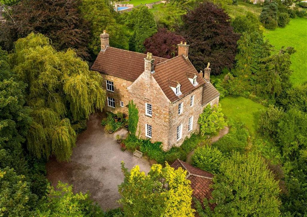 5 Bedrooms Detached House for sale in Savage Hill, Newland, Gloucestershire