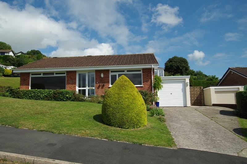 2 Bedrooms Detached Bungalow for sale in Grange Park, Bishopsteignton, Teignmouth