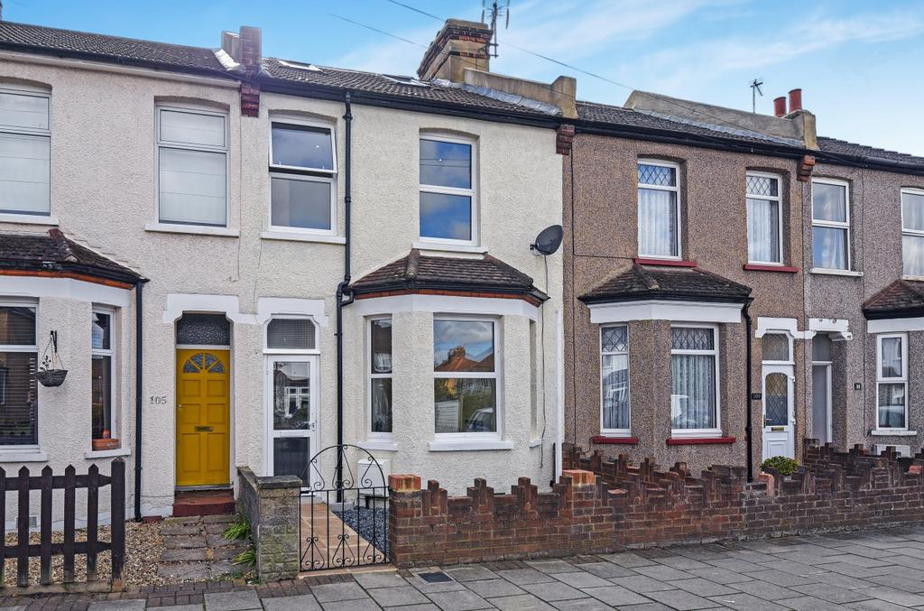 3 Bedrooms Terraced House for sale in Jackson Road Bromley BR2