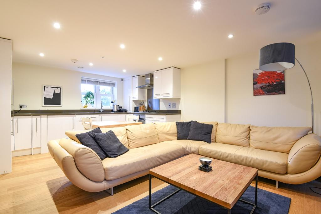 3 Bedrooms Flat for sale in Trafalgar Grove Greenwich SE10