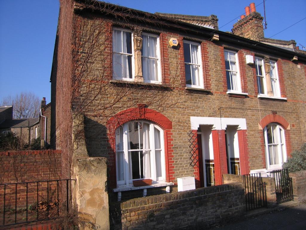 3 Bedrooms Terraced House for sale in Enderby Street, Greenwich SE10