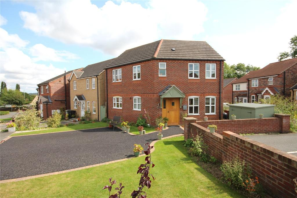 3 Bedrooms Detached House for sale in Baggaley Drive, Horncastle, LN9