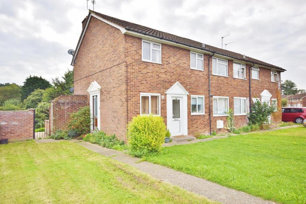 2 Bedrooms Maisonette Flat for sale in Penrith Road, Basingstoke, RG21
