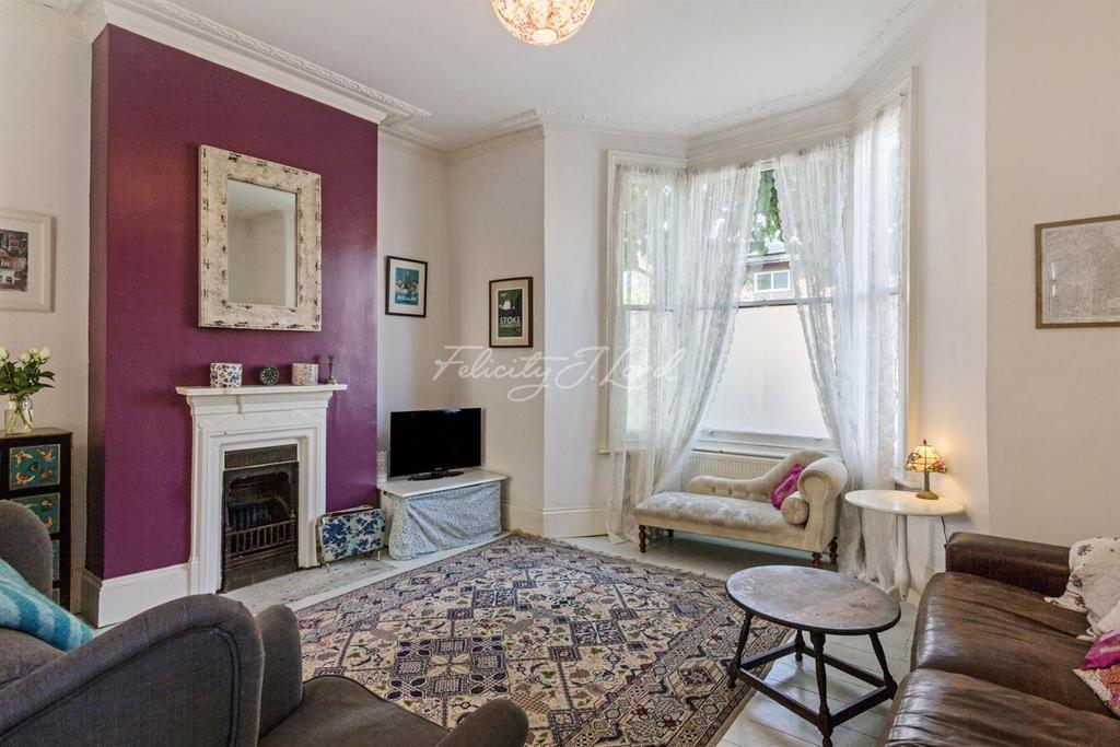 3 Bedrooms Terraced House for sale in Tyssen Road, N16