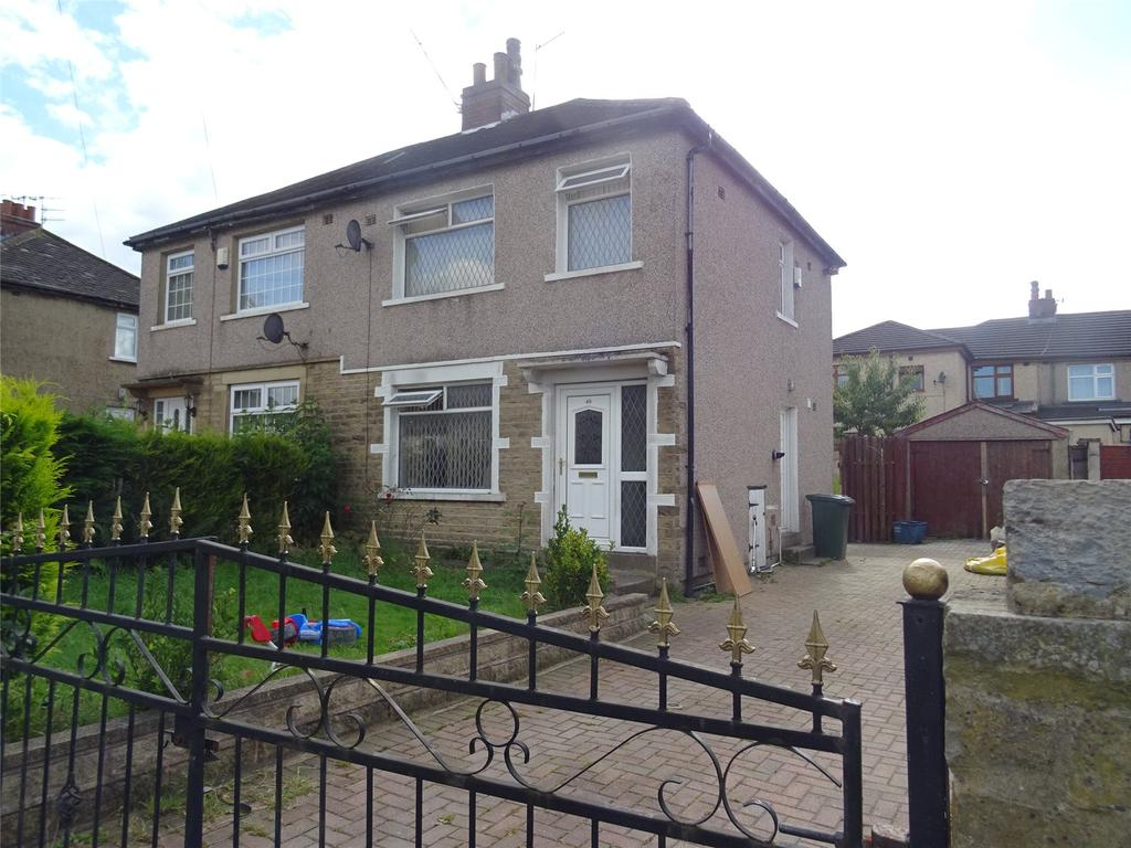 3 Bedrooms Semi Detached House for sale in Avenue Road, Bradford, West Yorkshire, BD5