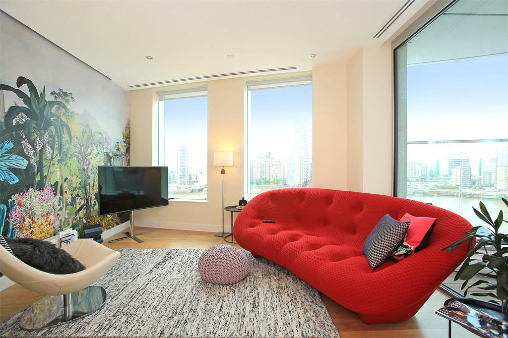2 Bedrooms Flat for sale in Waterview Drive, Greenwich, London, SE10