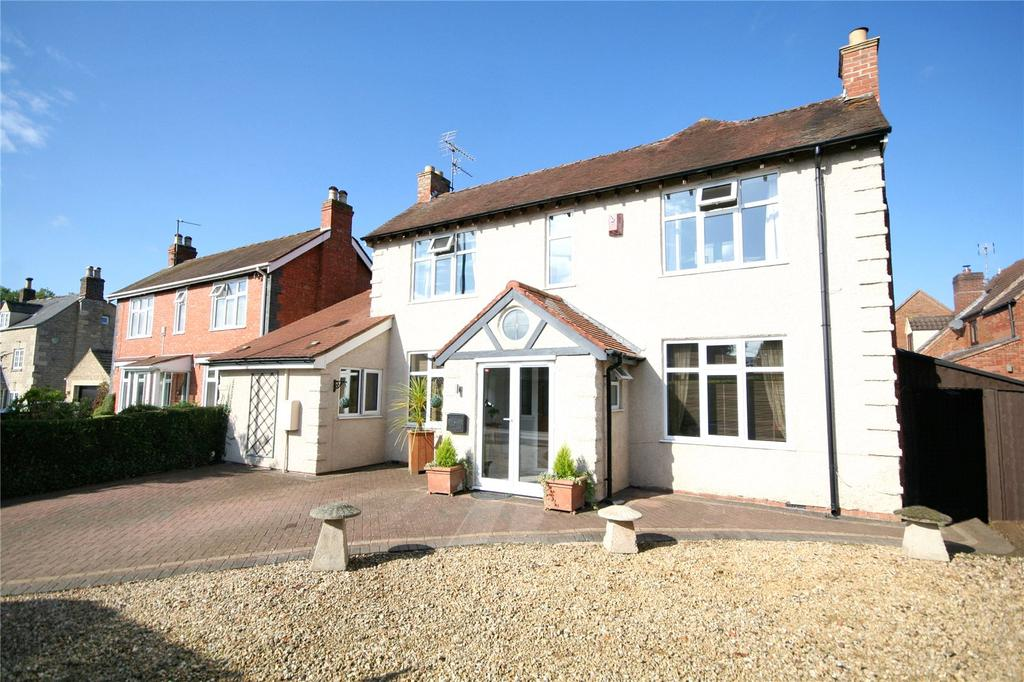 5 Bedrooms Detached House for sale in Cheltenham Road, Bishops Cleeve, Cheltenham, GL52
