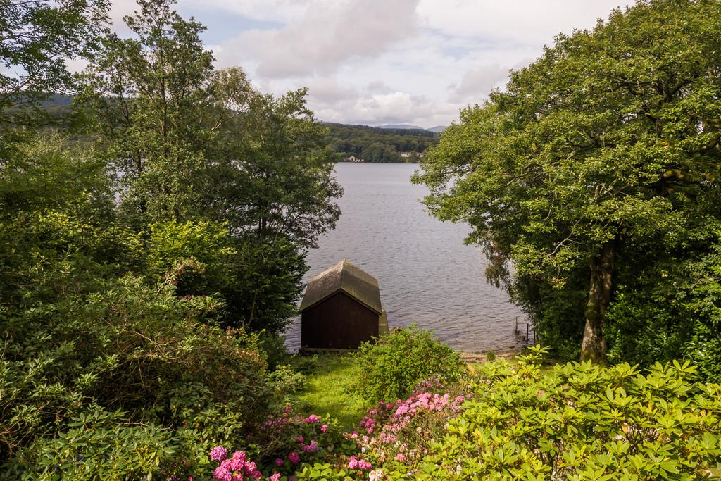 X Garden Boathouse and Lake Windermere