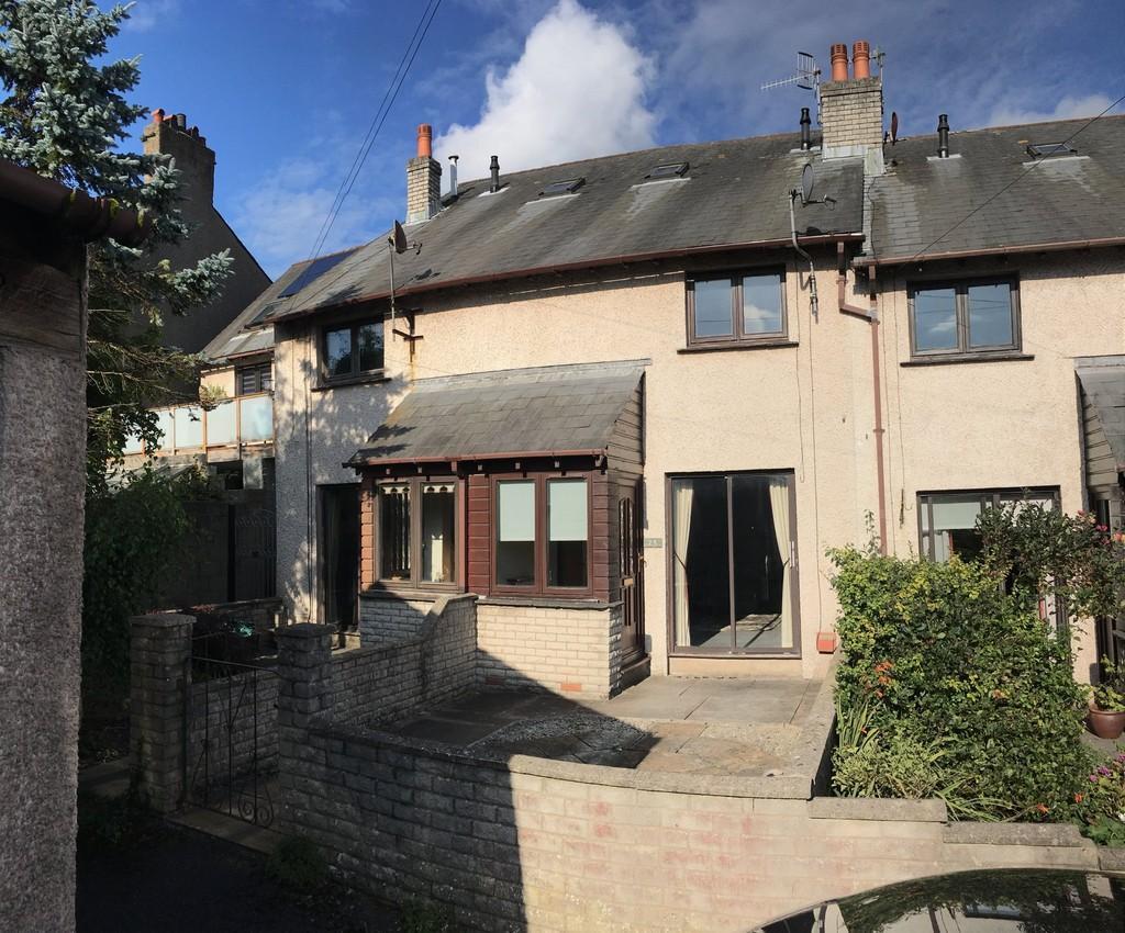 2 Bedrooms Terraced House for sale in Rowlinson Place, Dalton-In-Furness