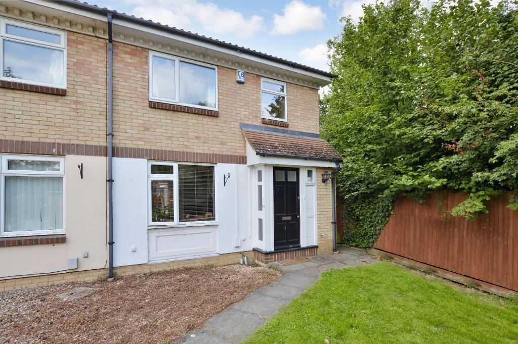 3 Bedrooms Semi Detached House for sale in Rochford Drive, Wigmore, Luton, LU2 8SS