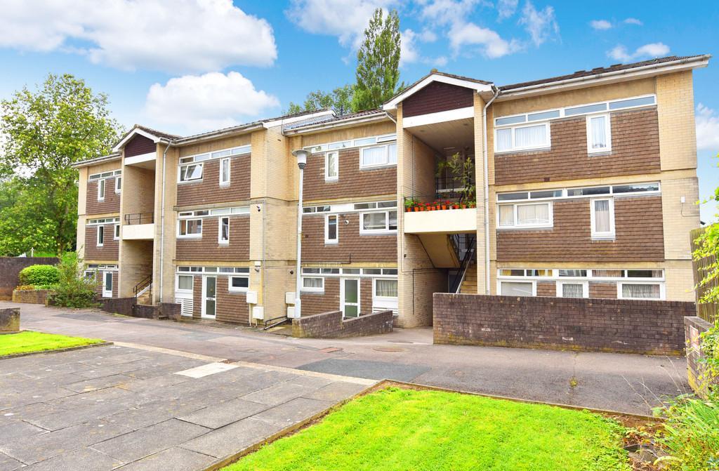 2 Bedrooms Flat for sale in Hampsthwaite Road, Harrogate
