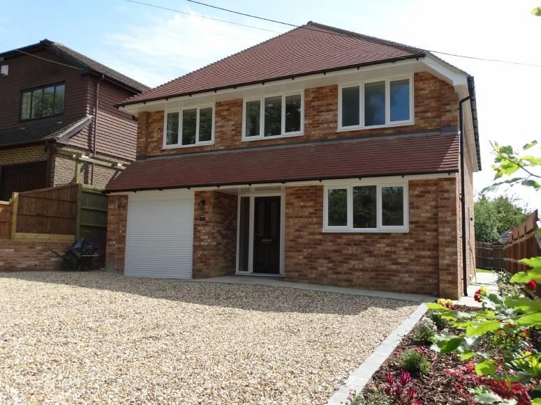 5 Bedrooms Detached House for sale in Bell Lane, Staplehurst, Kent, TN12 0BB