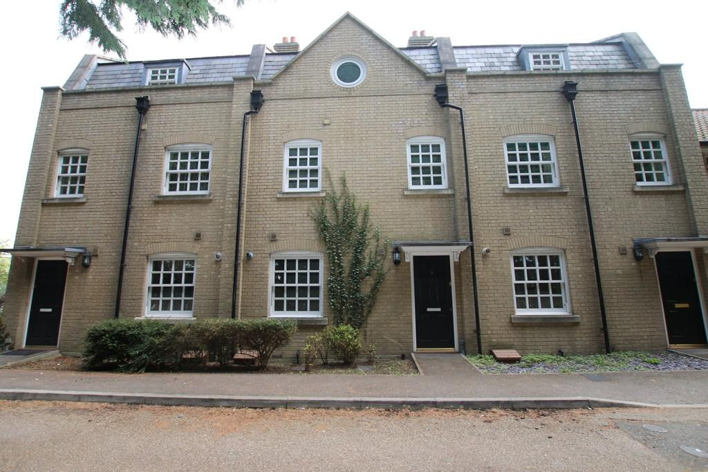 3 Bedrooms Town House for sale in Old Station Place, Chatteris