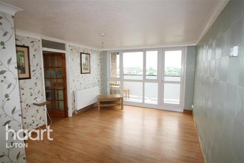 2 bedroom flat to rent - Kingsland Court, Luton