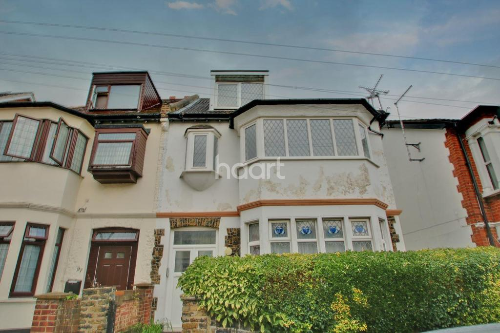 6 Bedrooms Semi Detached House for sale in St Helens Road