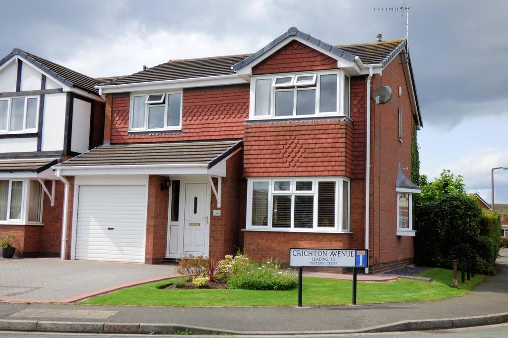 4 Bedrooms Detached House for sale in Crichton Avenue, Stretton