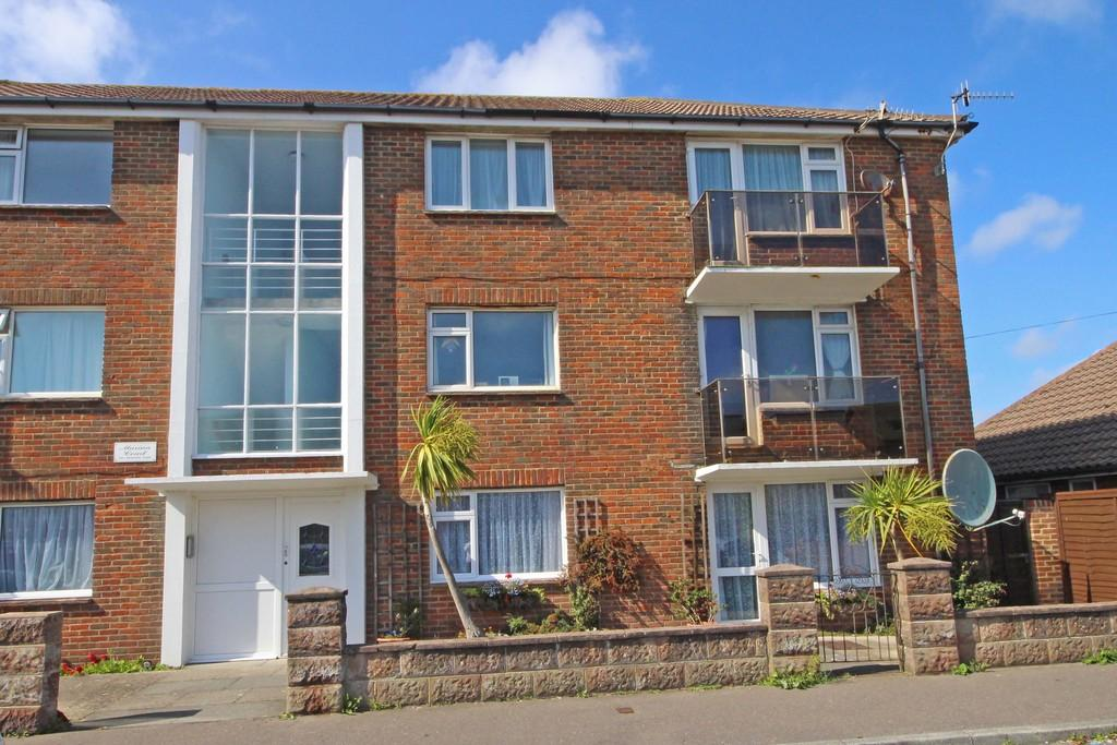 2 Bedrooms Apartment Flat for sale in Lancing