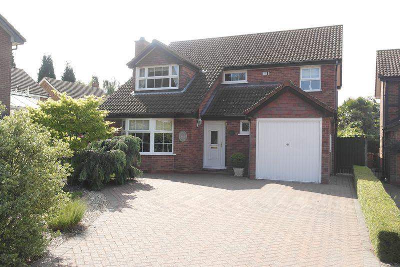 4 Bedrooms Detached House for sale in Nursery View Close, Aldridge, Walsall.