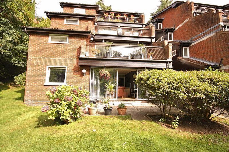 1 Bedroom Apartment Flat for sale in Succombs Place, Warlingham