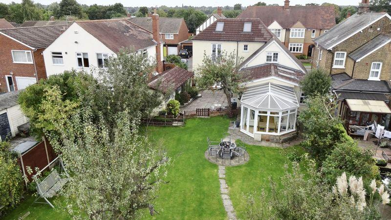 4 Bedrooms Detached House for sale in Hart Road, Old Harlow, Essex