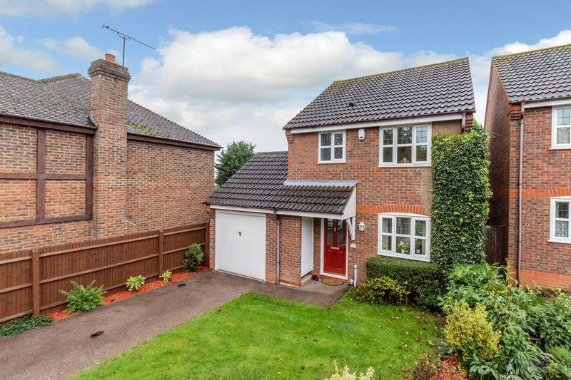 3 Bedrooms Detached House for sale in Peppard Close, Redbourn