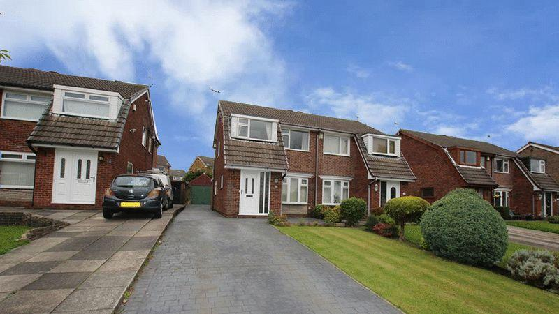3 Bedrooms Semi Detached House for sale in St Gabriels Close, Castleton, Rochdale OL11 2TG