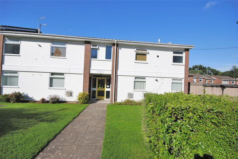 1 Bedroom Apartment Flat for sale in Wroxham Court, Upton