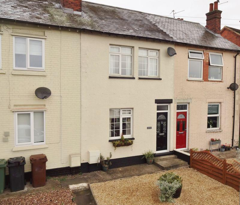 2 Bedrooms Terraced House for sale in Oakley Road, Corby