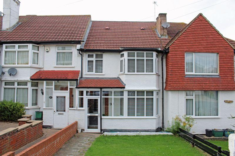 3 Bedrooms Terraced House for sale in Sundale Avenue, Selsdon, South Croydon, Surrey