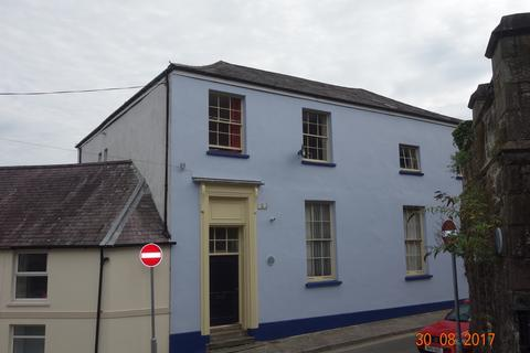 2 bedroom flat to rent - St Mary's Street, Haverfordwest