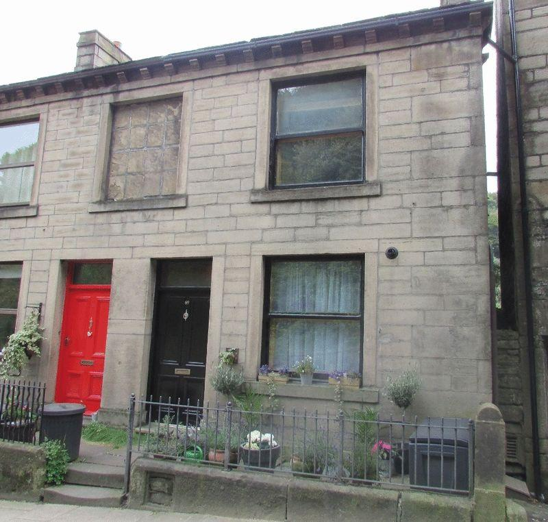 3 Bedrooms Terraced House for sale in Bridge Lanes, Hebden Bridge