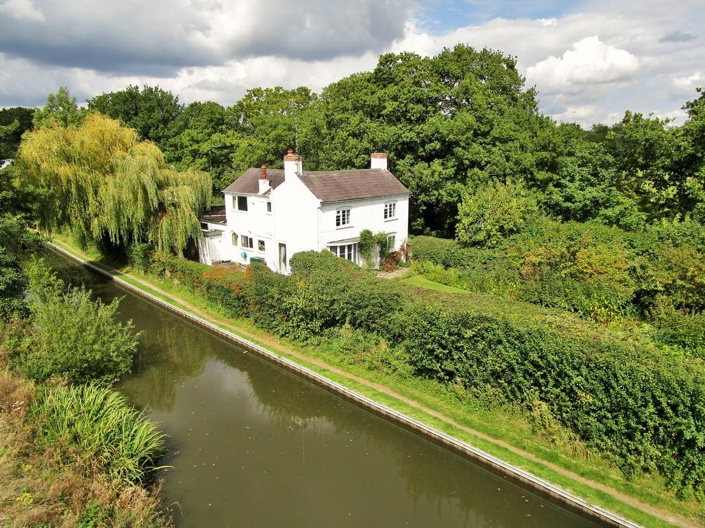 3 Bedrooms Cottage House for sale in School Road, Hockley Heath