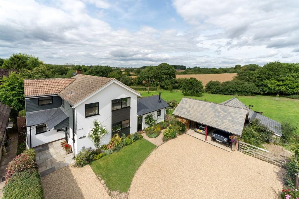 3 Bedrooms Detached House for sale in Toot Hill, Ongar