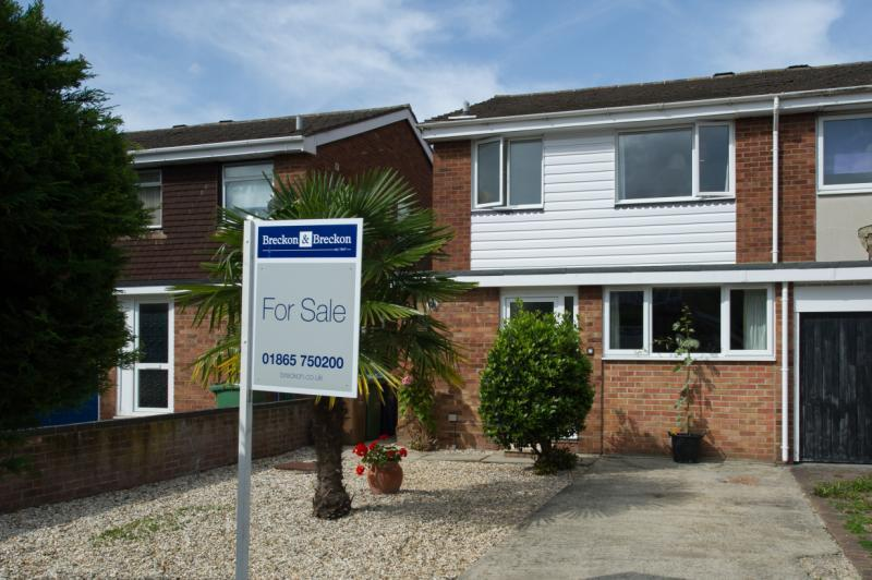 3 Bedrooms Semi Detached House for sale in Downside End, Headington, Oxford, Oxfordshire