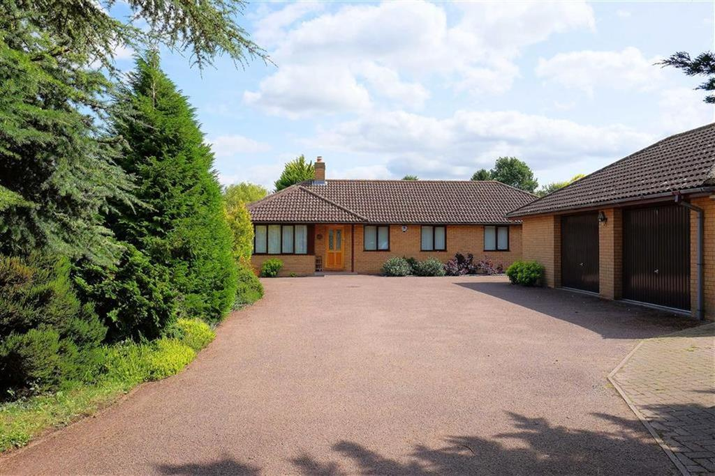 5 Bedrooms Detached Bungalow for sale in Rampton Road, Willingham, Cambridge