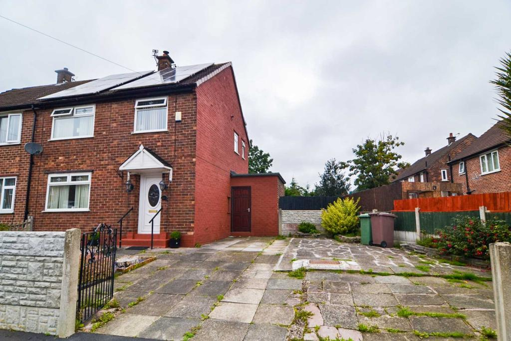3 Bedrooms Semi Detached House for sale in Siddeley Drive, Newton Le Willows