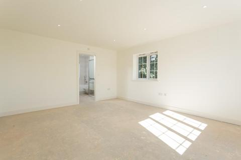 4 bedroom detached house for sale - The Laurels, Church Fenton, York