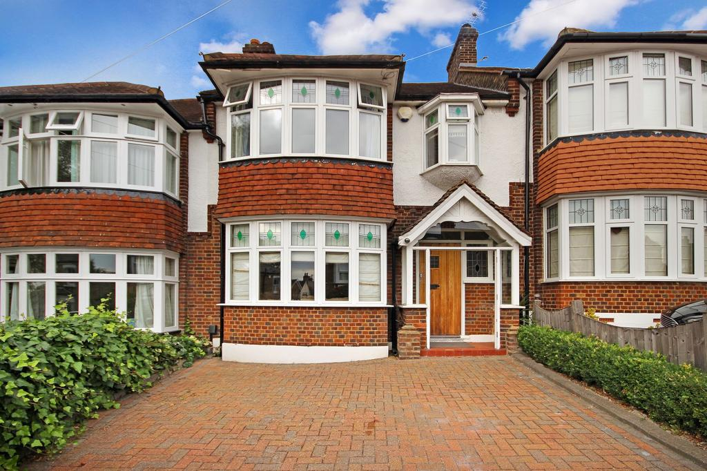 3 Bedrooms House for sale in Church Road, IG9