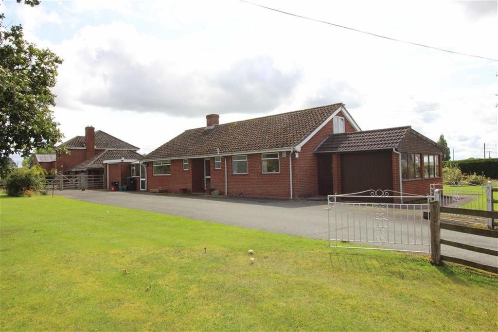 3 Bedrooms Detached Bungalow for sale in Hillcrest, Forden, Welshpool, Powys, SY21