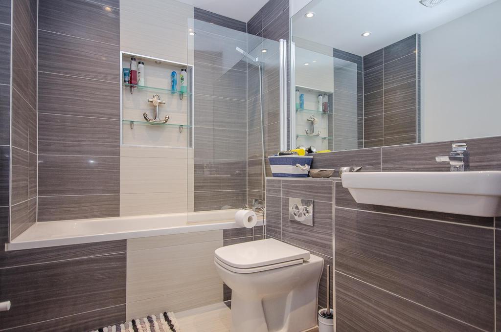 2 bedroom properties to rent in maidstone kent. image 1 of 9: miller heights, maidstone, kent, me15 6 gb 2 bedroom properties to rent in maidstone kent