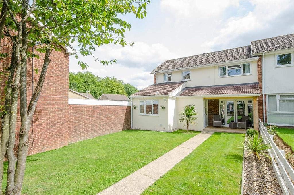 4 Bedrooms End Of Terrace House for sale in Reculver Walk , , Maidstone , Kent